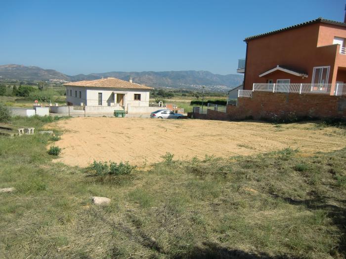 Terreny -                                       Pedret I Marzà -                                       0 dormitoris -                                       0 ocupants